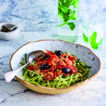 171212-voluit-leven-met-diabetes-recept-spaghetti-courgette-tonijn-ansjovis-740x740